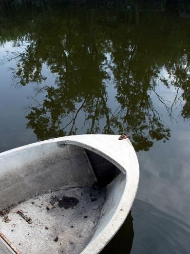 boat-2-1553001-639x852